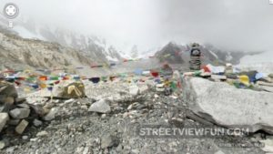 Street view Everest